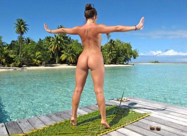 девушки делают зарядку голые фото